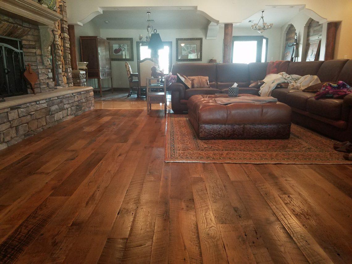 Beautiful Goth Bedrooms With Wood Floor: Beautiful Reclaimed Oak Solid Hardwood Floor