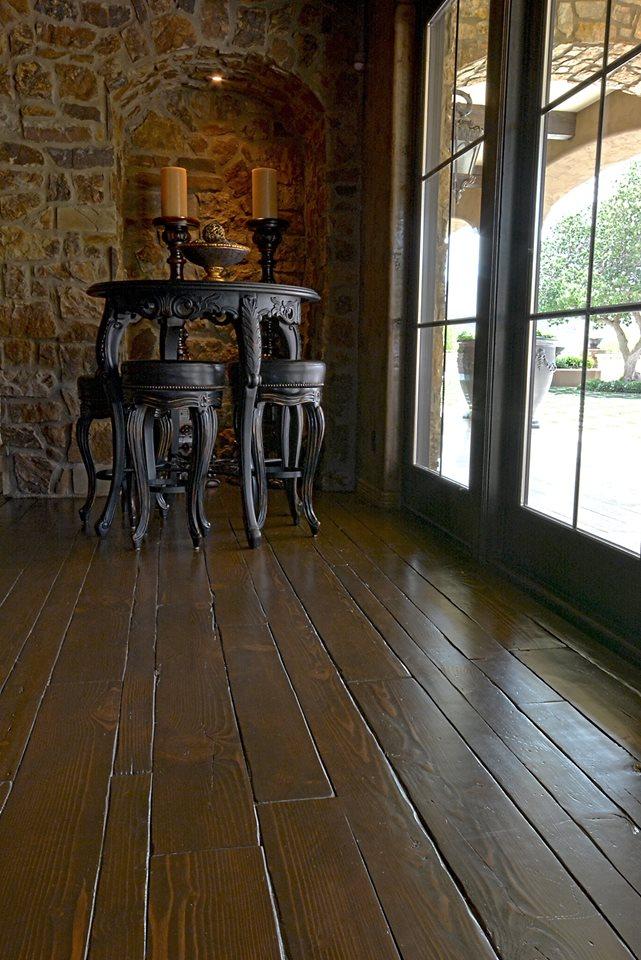 Reclaimed Pinewood Flooring