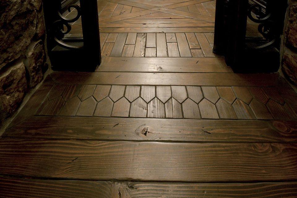 Reclaimed Pinewood Floors