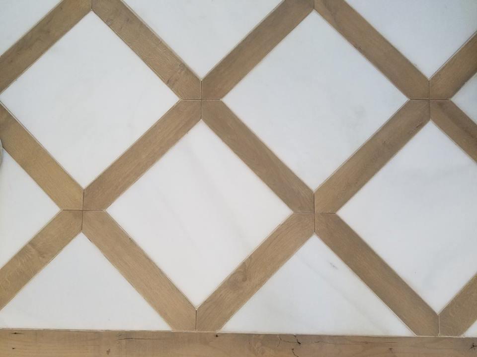 Relaimed Hardwood Floor Entry Way