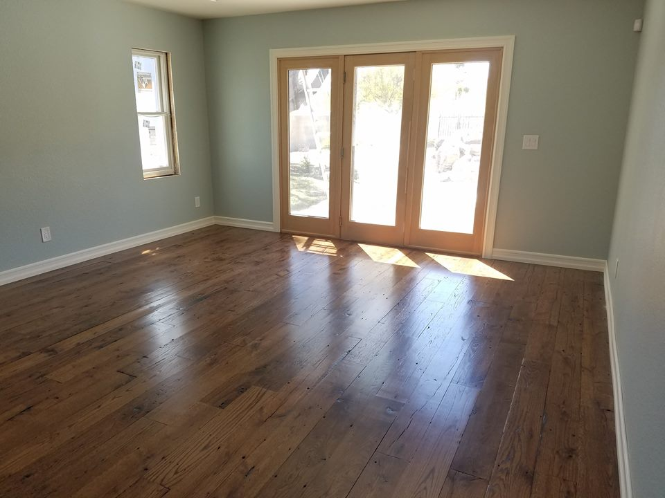 White Oak, Medium Brown, Solid, Reclaimed Hardwood Floor
